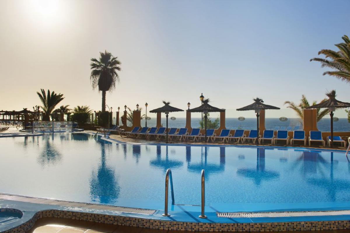 Elba Castillo Suite Hotel